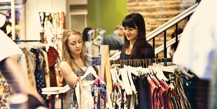 Should You Use the Services of a Fashion Consultant?
