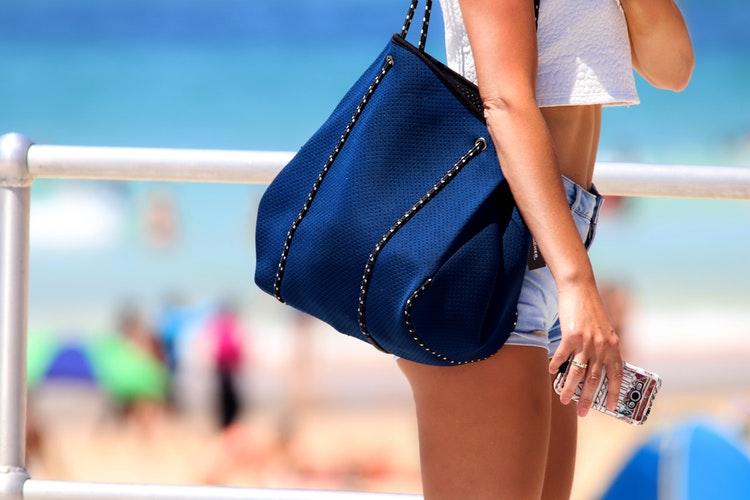 About Hobo Handbags