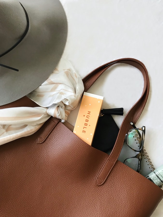 Purchasing a Tote Leather Bag