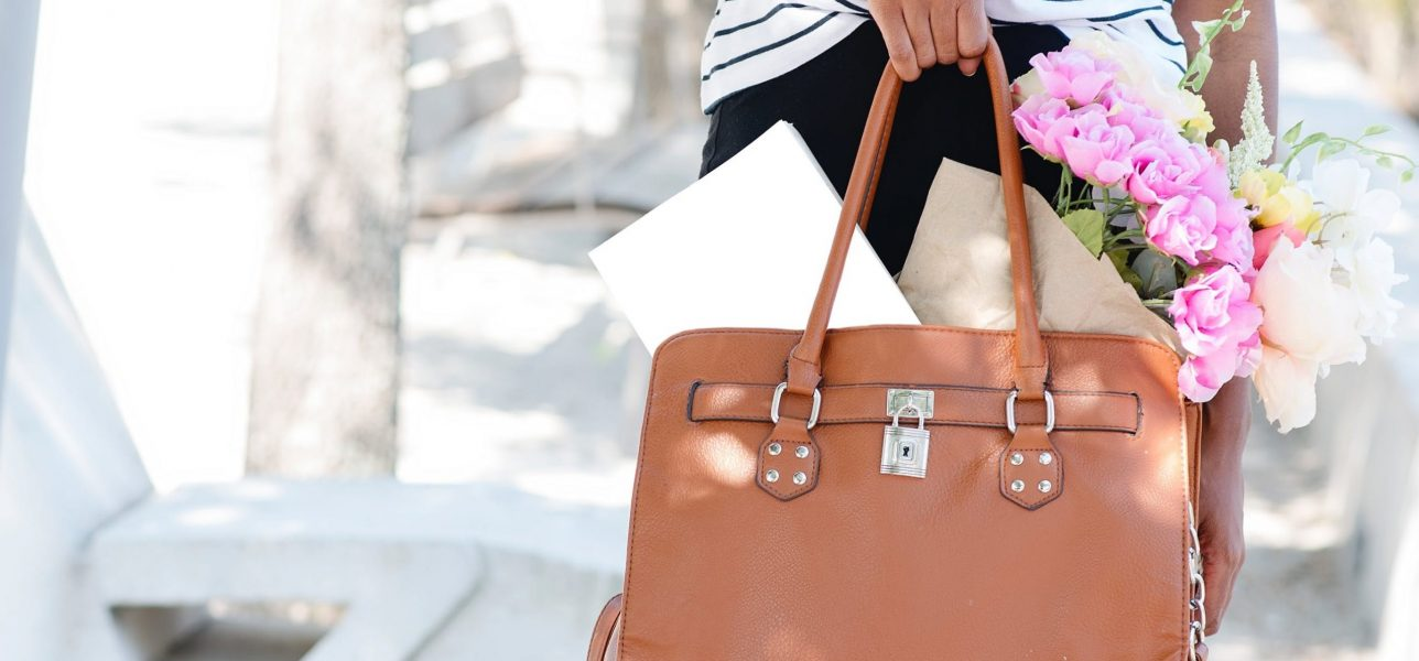 What is a Tote Bag Used For and How Does It Help You