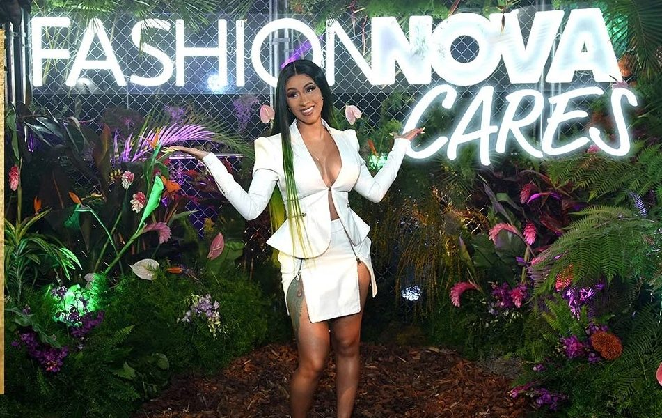 What Makes Fashion Nova Different From Other Online Retailers