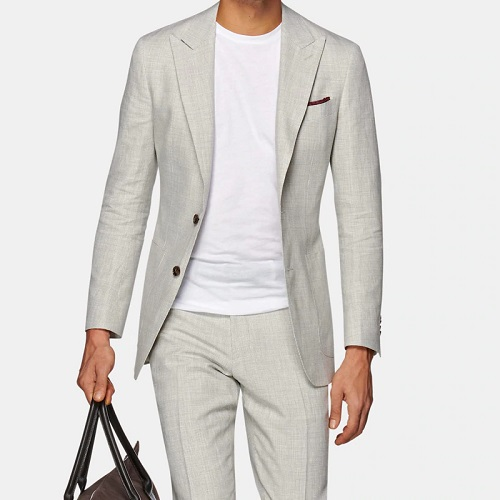 Light Two-Piece Suit: Classy Casual Outfits for Guys